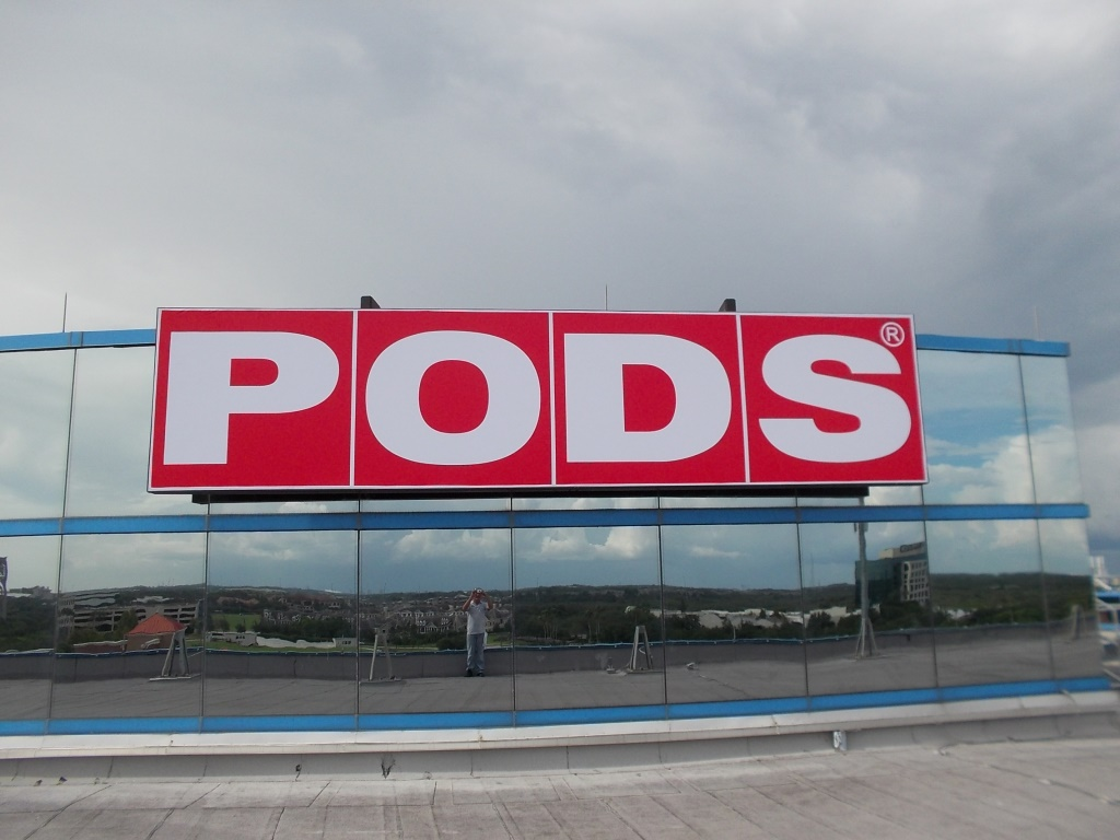 Pods Feathersound